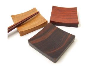 木製箸置・角