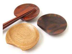 木製箸置・三日月